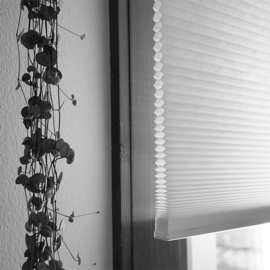 jalousie ikea simple klemmfix plissee ikea beste schones. Black Bedroom Furniture Sets. Home Design Ideas